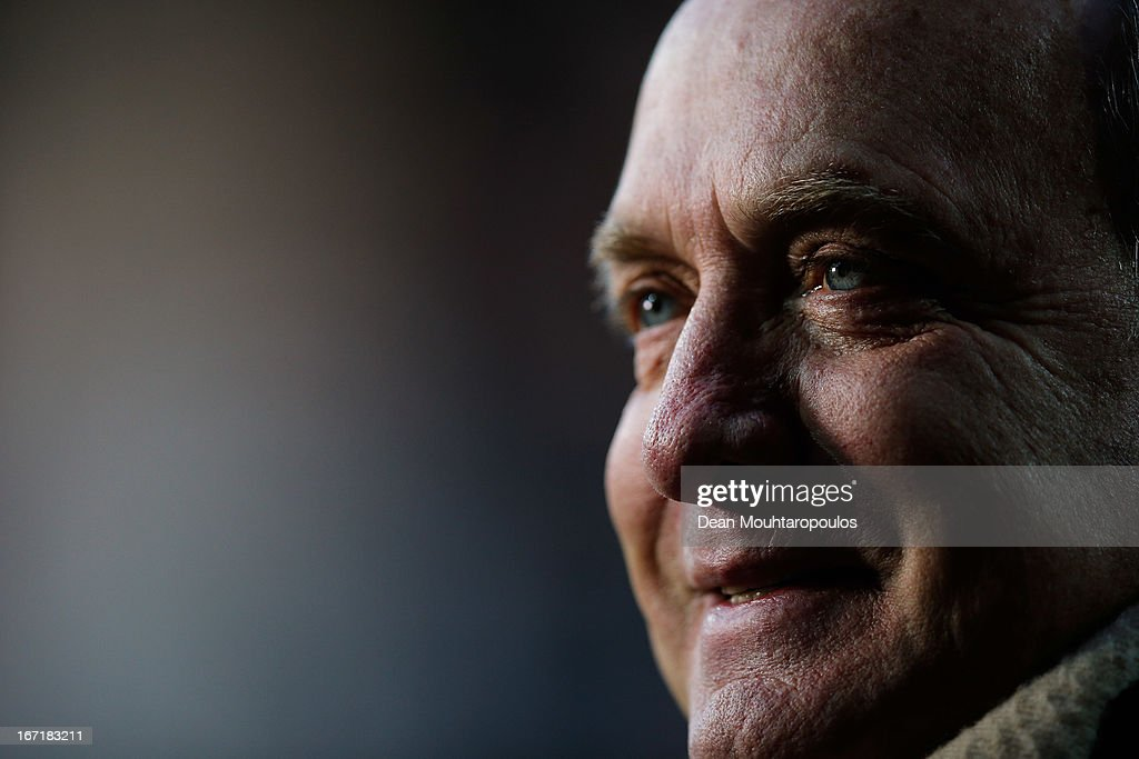 Manager, <a gi-track='captionPersonalityLinkClicked' href=/galleries/search?phrase=Dick+Advocaat&family=editorial&specificpeople=541610 ng-click='$event.stopPropagation()'>Dick Advocaat</a> speaks to the media prior to the Eredivisie match between AZ Alkmaar and PSV Eindhoven at the AFAS Stadium on April 20, 2013 in Alkmaar, Netherlands.