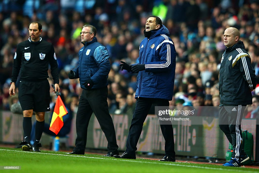 Manager <a gi-track='captionPersonalityLinkClicked' href=/galleries/search?phrase=Gustavo+Poyet&family=editorial&specificpeople=227352 ng-click='$event.stopPropagation()'>Gustavo Poyet</a> of Sunderland and manager <a gi-track='captionPersonalityLinkClicked' href=/galleries/search?phrase=Paul+Lambert+-+Soccer+Manager&family=editorial&specificpeople=8052775 ng-click='$event.stopPropagation()'>Paul Lambert</a> of Aston Villa react during the Barclays Premier League match between Aston Villa and Sunderland at Villa Park on December 28, 2014 in Birmingham, England.