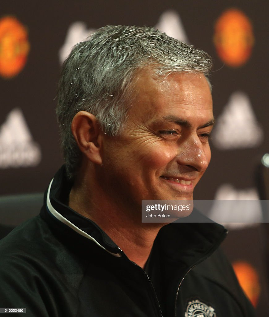 Manchester United Officially Introduce Jose Mourinho as Their New ...