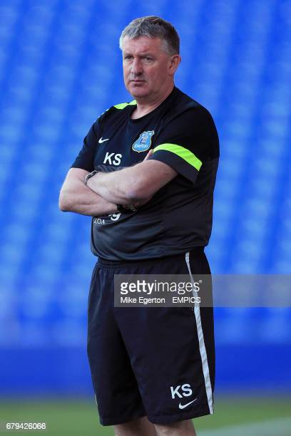 Manager Kevin Sheedy Everton