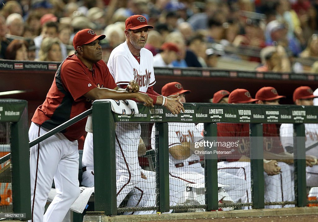 Manager <a gi-track='captionPersonalityLinkClicked' href=/galleries/search?phrase=Kirk+Gibson&family=editorial&specificpeople=207042 ng-click='$event.stopPropagation()'>Kirk Gibson</a> #23 of the Arizona Diamondbacks watches from the dugout during the MLB game against the Los Angeles Dodgers at Chase Field on April 11, 2014 in Phoenix, Arizona.