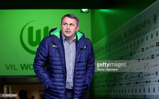 Manager Klaus Allofs of Wolfsburg enters the pitch prior to the Bundesliga match between VfL Wolfsburg and 1 FSV Mainz 05 at Volkswagen Arena on...