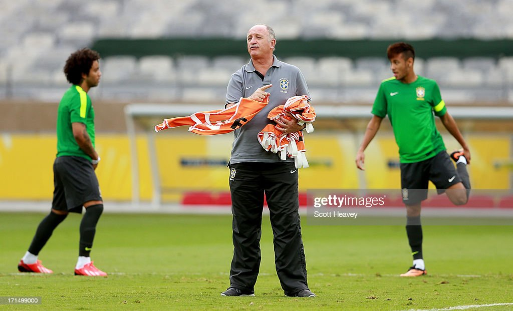 Manager Luiz Felipe Scolari gives instructions during a Brazil training session ahead of their FIFA Confederations Cup 2013 Semi Final match against Uruguay on June 25, 2013 in Belo Horizonte, Brazil.