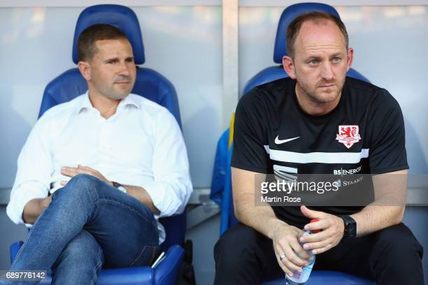Manager Marc Arnold and head coach Torsten Lieberknecht of Braunschweig look on prior to the Bundesliga Playoff leg 2 match between Eintracht...