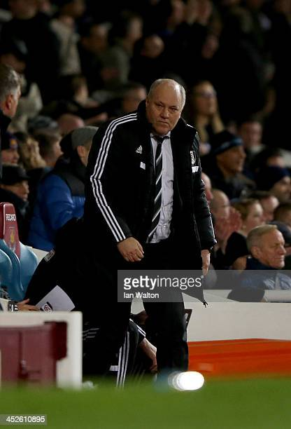Manager Martin Jol of Fulham looks dejected in defeat after the Barclays Premier League match between West Ham United and Fulham at Boleyn Ground on...