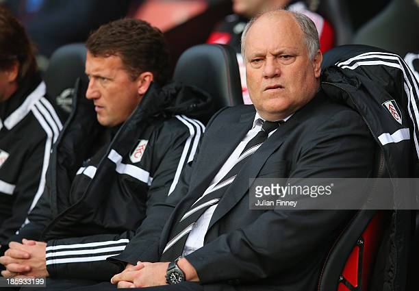 Manager Martin Jol of Fulham looks on during the Barclays Premier League match between Southampton and Fulham at St Mary's Stadium on October 26 2013...