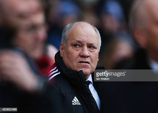 Manager Martin Jol of Fulham looks thoughtful prior to the Barclays Premier League match between West Ham United and Fulham at Boleyn Ground on...