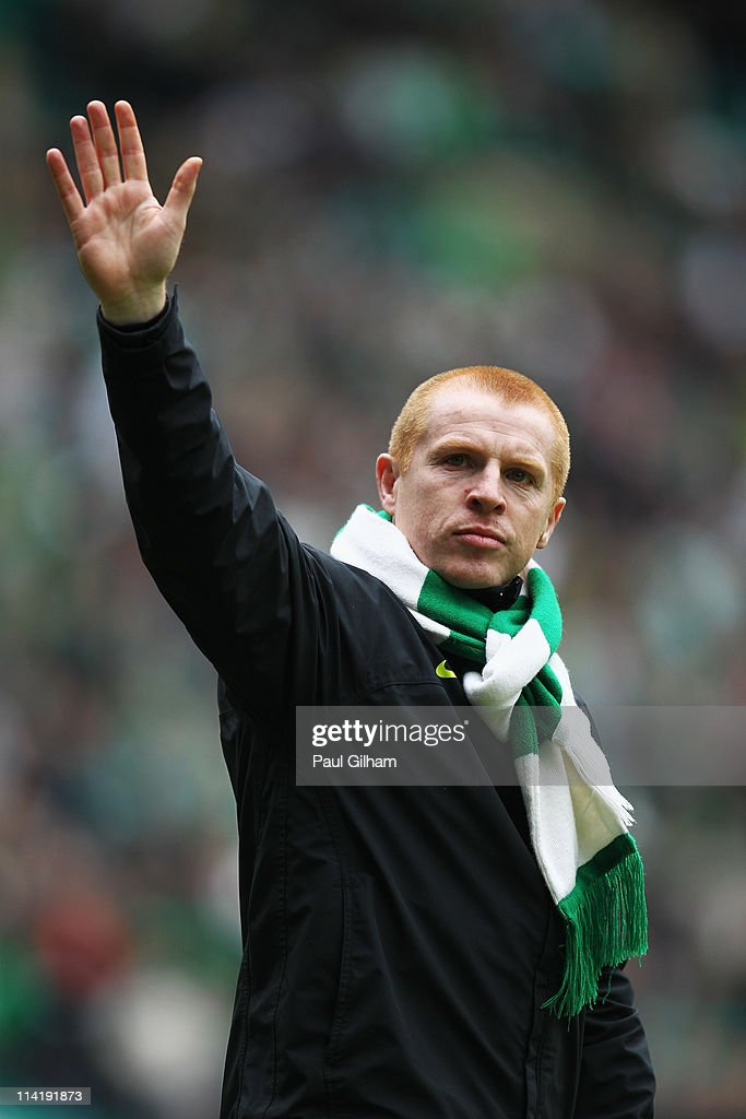 Manager <a gi-track='captionPersonalityLinkClicked' href=/galleries/search?phrase=Neil+Lennon&family=editorial&specificpeople=642944 ng-click='$event.stopPropagation()'>Neil Lennon</a> of Celtic waves to the crowd at the end of the Clydesdale Bank Premier League match between Celtic and Motherwell at Celtic Park on May 15, 2011 in Glasgow, Scotland.