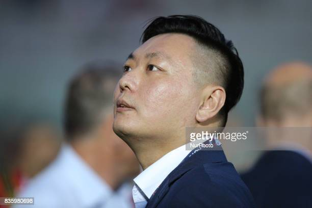 Manager of AC Milan Han Li during the Serie A match between FC Crotone and AC Milan on August 20 2017 in Crotone Italy