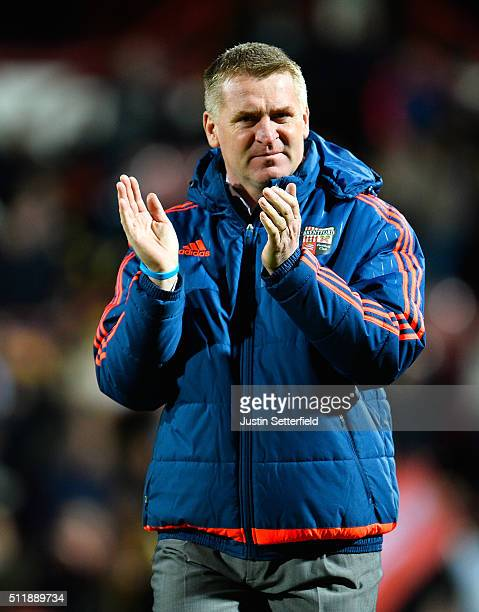 Manager of Brentford FC Dean Smith claps the home fans ahead the Sky Bet Championship match between Brentford and Wolverhampton Wanderers on February...