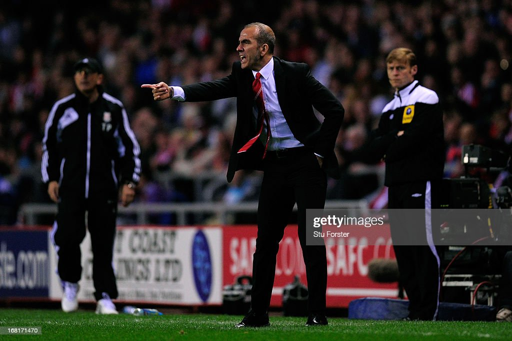 Manager <a gi-track='captionPersonalityLinkClicked' href=/galleries/search?phrase=Paolo+Di+Canio&family=editorial&specificpeople=215237 ng-click='$event.stopPropagation()'>Paolo Di Canio</a> of Sunderland shouts instructions during the Barclays Premier League match between Sunderland and Stoke City at the Stadium of Light on May 06, 2013 in Sunderland, England.