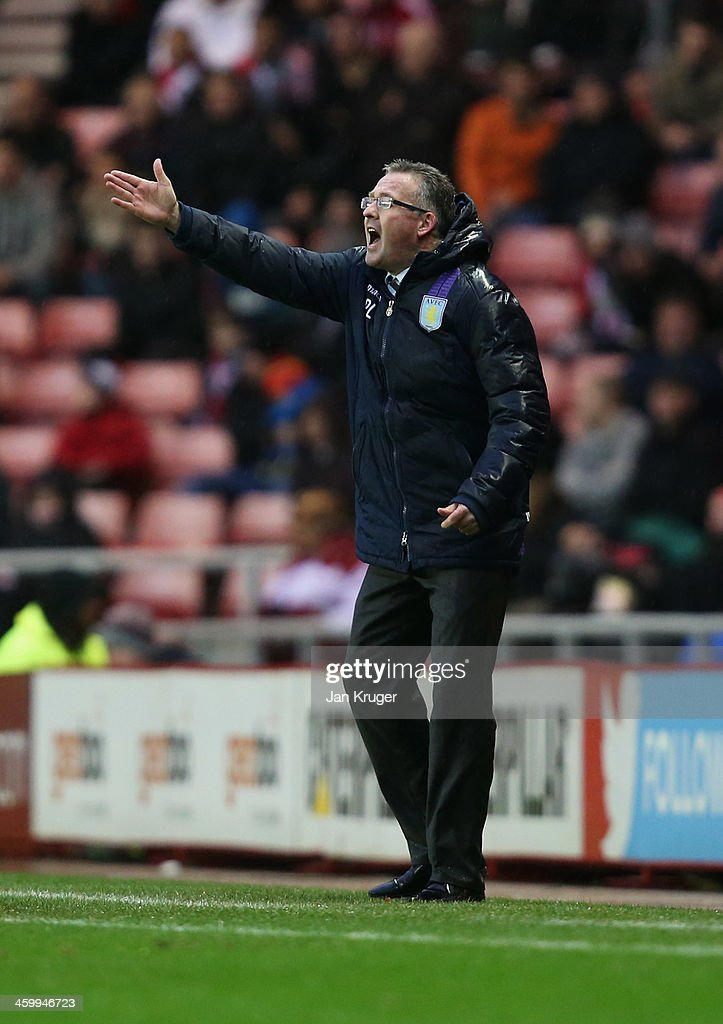 Manager Paul Lambert of Aston Villa shouts during the Barclays Premier League match between Sunderland and Aston Villa at Stadium of Light on January 1, 2014 in Sunderland, England.