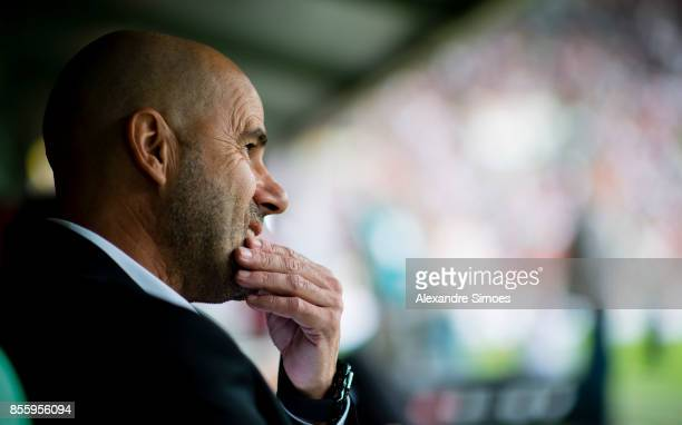 Manager Peter Bosz of Borussia Dortmund during the Bundesliga match between FC Augsburg and Borussia Dortmund at WWKArena on September 30 2017 in...