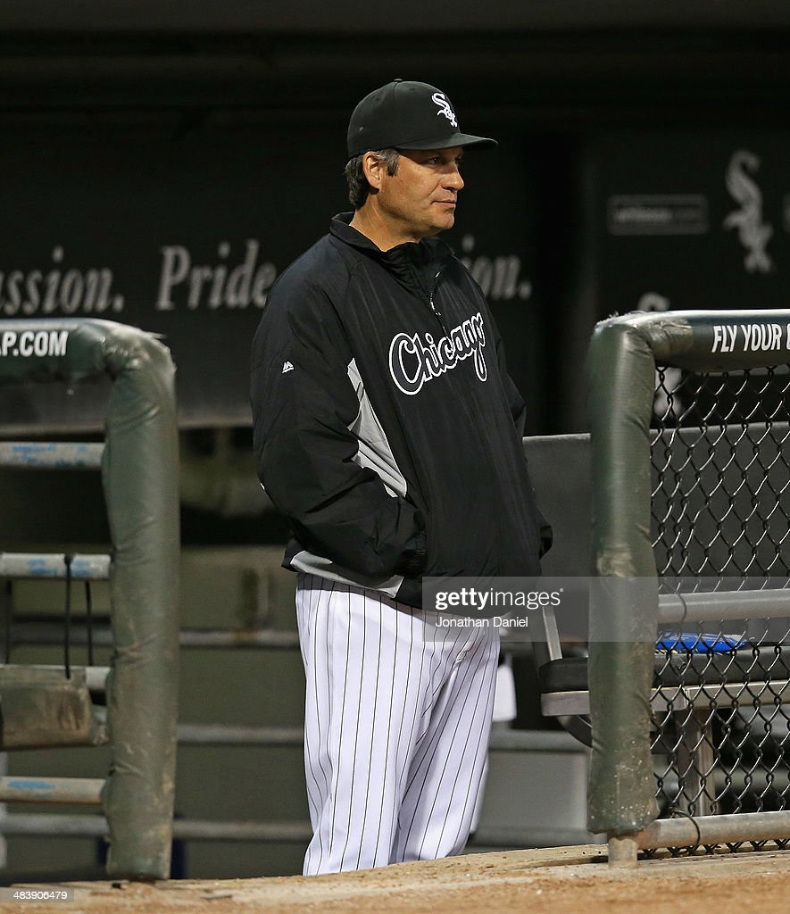 Manager <a gi-track='captionPersonalityLinkClicked' href=/galleries/search?phrase=Robin+Ventura&family=editorial&specificpeople=211486 ng-click='$event.stopPropagation()'>Robin Ventura</a> #23 of the Chicago White Sox watches from the dugout as his team takes on the Cleveland Indians at U.S. Cellular Field on April 10, 2014 in Chicago, Illinois.