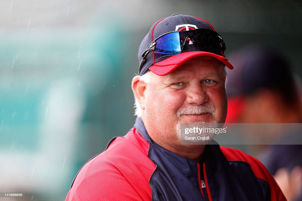Manager <a gi-track='captionPersonalityLinkClicked' href=/galleries/search?phrase=Ron+Gardenhire&family=editorial&specificpeople=220870 ng-click='$event.stopPropagation()'>Ron Gardenhire</a> #35 of the Minnesota Twins looks on during a rain delay during a game against the St. Louis Cardinals at Roger Dean Stadium on March 25, 2012 in Jupiter, Florida.