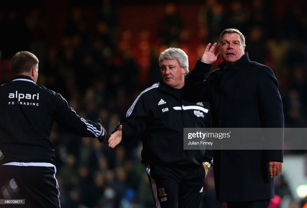 Manager <a gi-track='captionPersonalityLinkClicked' href=/galleries/search?phrase=Sam+Allardyce&family=editorial&specificpeople=214691 ng-click='$event.stopPropagation()'>Sam Allardyce</a> of West Ham reacts to boos from the stand during the Barclays Premier League match between West Ham United and Hull City at Boleyn Ground on March 26, 2014 in London, England.
