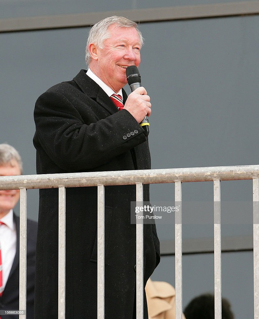 Manager Sir <a gi-track='captionPersonalityLinkClicked' href=/galleries/search?phrase=Alex+Ferguson&family=editorial&specificpeople=203067 ng-click='$event.stopPropagation()'>Alex Ferguson</a> of Manchester United speaks after unveiling a statue of himself at Old Trafford on November 23, 2012 in Manchester, England.
