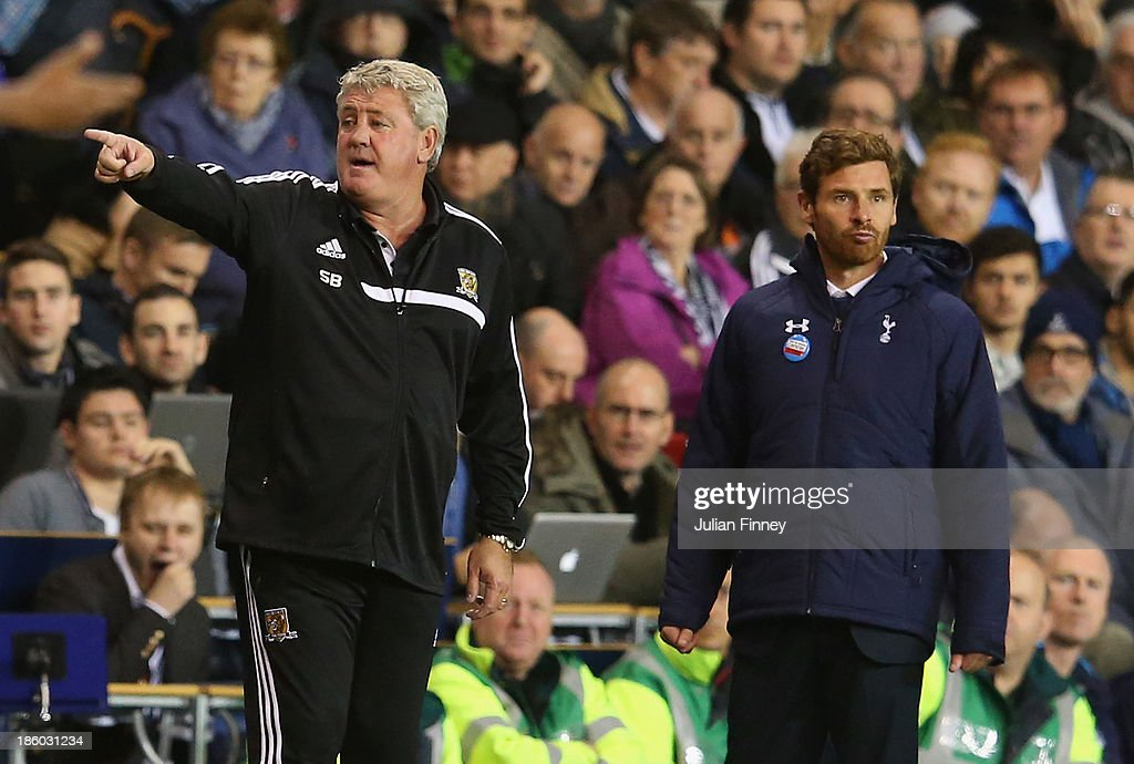 Manager <a gi-track='captionPersonalityLinkClicked' href=/galleries/search?phrase=Steve+Bruce+-+Soccer+Manager&family=editorial&specificpeople=208832 ng-click='$event.stopPropagation()'>Steve Bruce</a> of Hull City and Manager Andre Villas Boas of Spurs look on from the touchline during the Barclays Premier League match between Tottenham Hotspur and Hull City at White Hart Lane on October 27, 2013 in London, England.