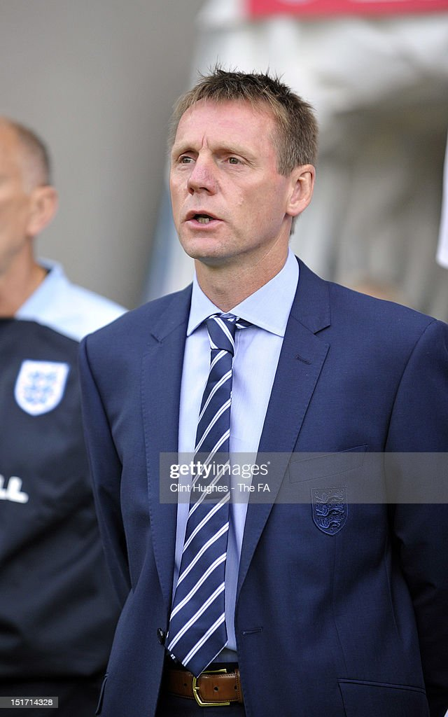 Manager Stuart Pearce of England looks on during the UEFA Under 21 Championship match between England and Norway at the B2NET Stadium on September 10, 2012 in Chesterfield, England