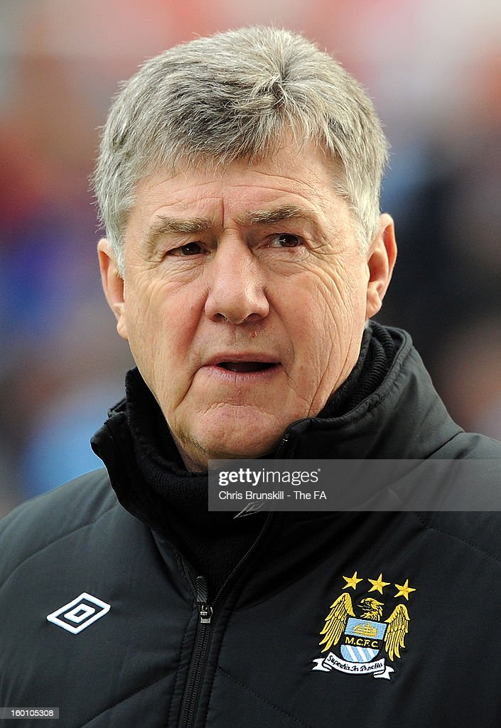 Manchester City assistant manager <a gi-track='captionPersonalityLinkClicked' href=/galleries/search?phrase=Brian+Kidd&family=editorial&specificpeople=1695163 ng-click='$event.stopPropagation()'>Brian Kidd</a> looks on during the FA Cup with Budweiser Fourth Round match between Stoke City and Manchester City at Britannia Stadium on January 26, 2013 in Stoke on Trent, England.