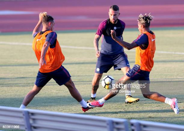 Manchester City defender Nicolas Otamendi participates in a training session at the StubHub Center on July 25 2017 in Carson California / AFP PHOTO /...