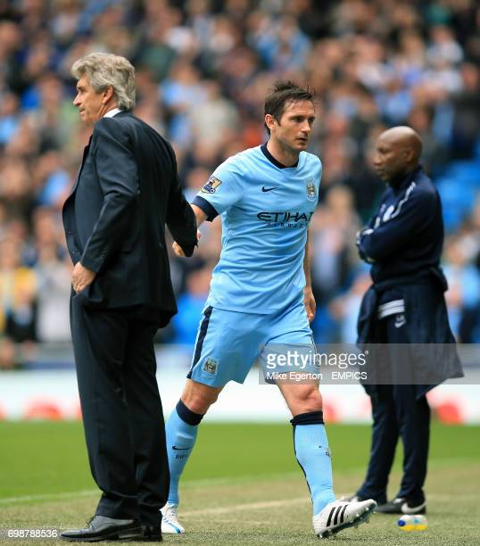 Manchester City manager Manuel Pellegrini shakes hands with Frank Lampard
