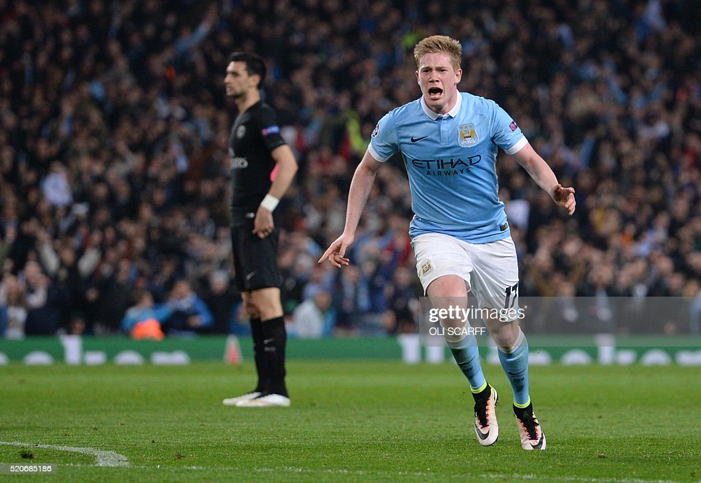 Manchester City's Belgian midfielder Kevin De Bruyne celebrates after scoring during the UEFA Champions league quarter-final second leg football match between Manchester City and Paris Saint-Germain at the Etihad stadium in Manchester on April 12, 2016. / AFP / OLI