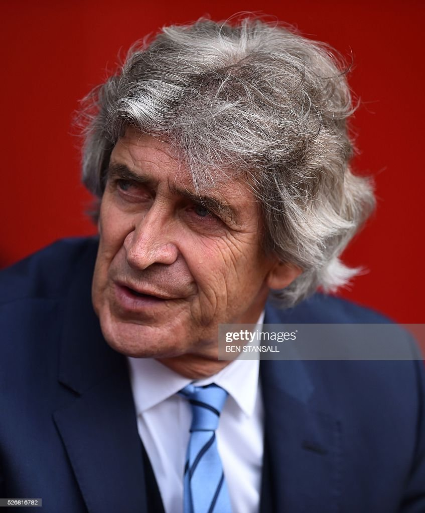 Manchester City's Chilean manager Manuel Pellegrini looks on during the English Premier League football match between Southampton and Manchester City at St Mary's Stadium in Southampton, southern England on May 1, 2016. / AFP / BEN STANSALL / RESTRICTED TO EDITORIAL USE. No use with unauthorized audio, video, data, fixture lists, club/league logos or 'live' services. Online in-match use limited to 75 images, no video emulation. No use in betting, games or single club/league/player publications. /