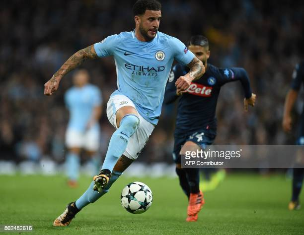 Manchester City's English defender Kyle Walker vies with Napoli's Italian striker Lorenzo Insigne during the UEFA Champions League Group F football...