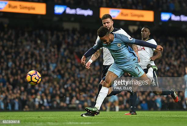 Manchester City's English midfielder Raheem Sterling fails to score with this late attempt as Tottenham Hotspur's English defender Kyle Walker...