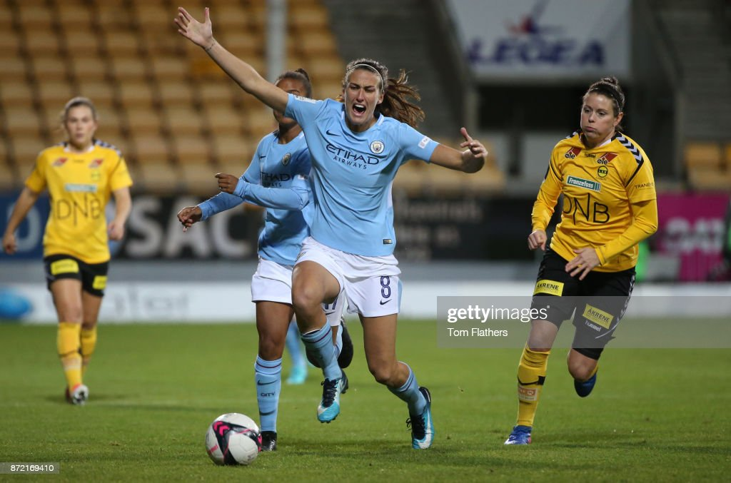 Manchester City's Jill Scott in action during the UEFA Women's Champions League match between LSK Kvinner and Manchester City Ladies at Arasen Stadion on November 9, 2017 in Lillestrom, Norway.