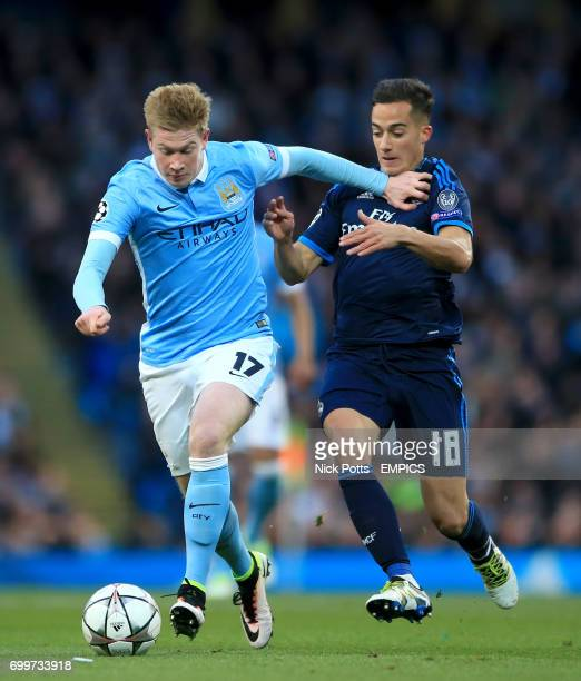 Manchester City's Kevin De Bruyne and Real Madrid's Lucas Vazquez battle for the ball