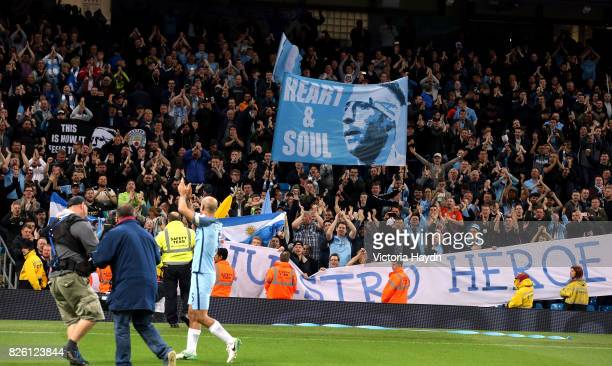 Manchester City's Pablo Zabaleta and the fans applaud each other after the match