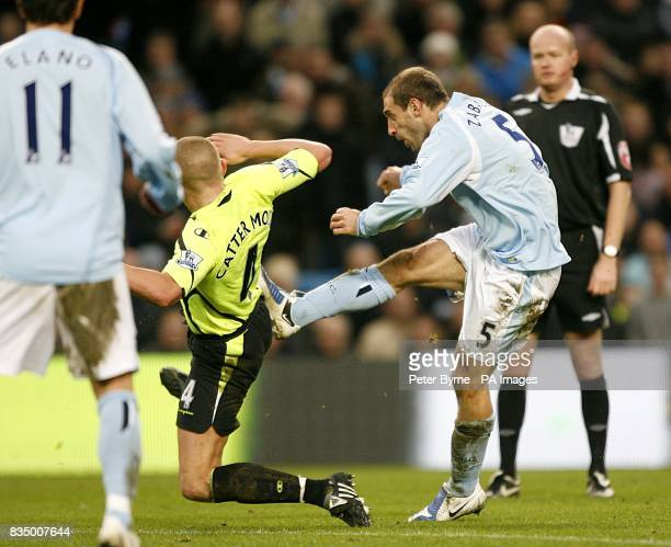 Manchester City's Pablo Zabaleta scores his sides first goal of the game