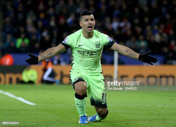 Manchester City's Sergio Aguero appeals to the linesman