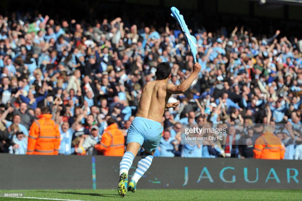 Manchester City's Sergio Aguero celebrates scoring the winning goal.