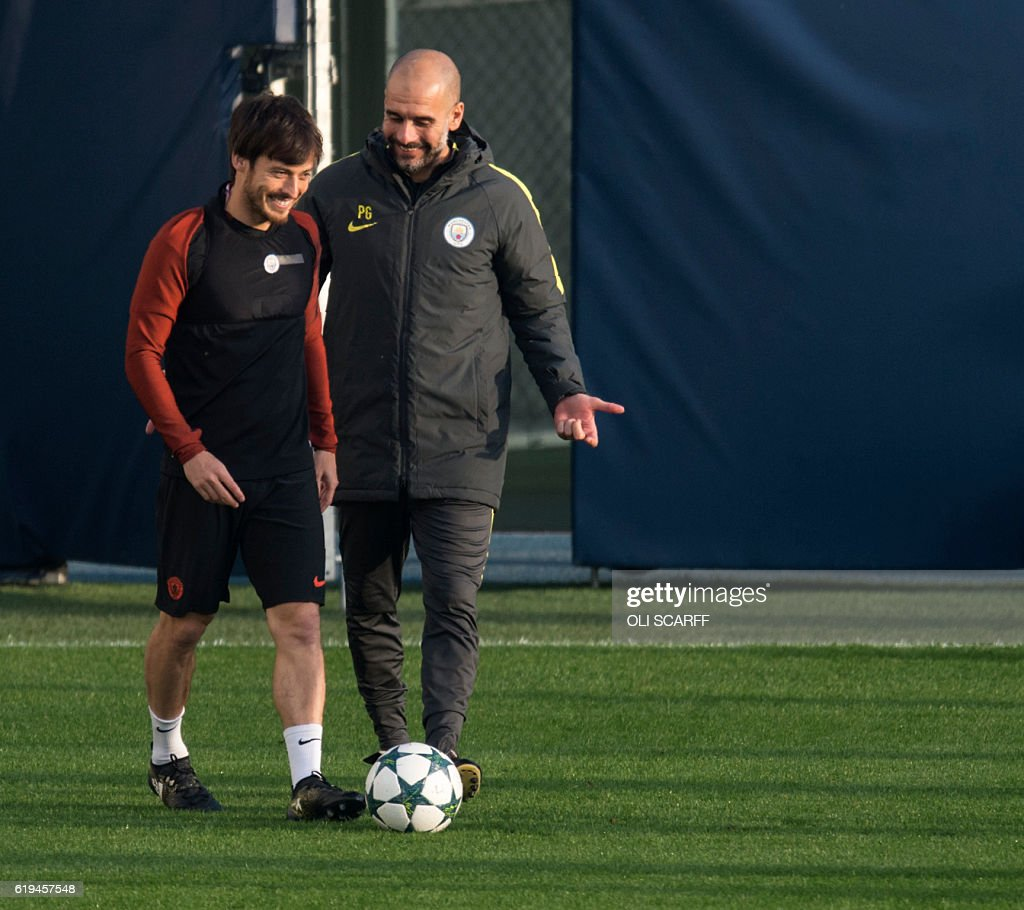 FBL-EUR-C1-MAN-CITY-TRAINING : News Photo