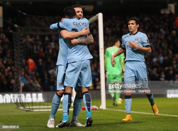 Manchester City's Stevan Jovetic celebrates scoring the 2nd goal against Sunderland with his team mates