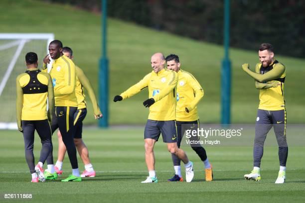 Manchester City's Yaya Toure Manchester City's Pablo Zabaleta and Manchester City's Nicolas Otamendi during training