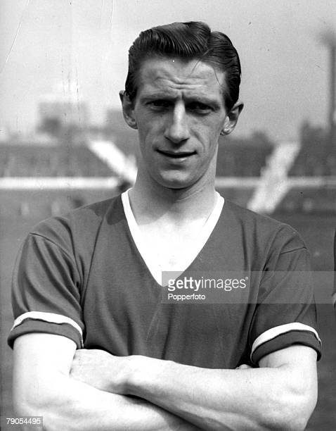 Manchester United Air Disaster Munich Germany 6th FEBRUARY 1958 Manchester United's Dennis Viollet one of the Busby Babes who survived the tragic...