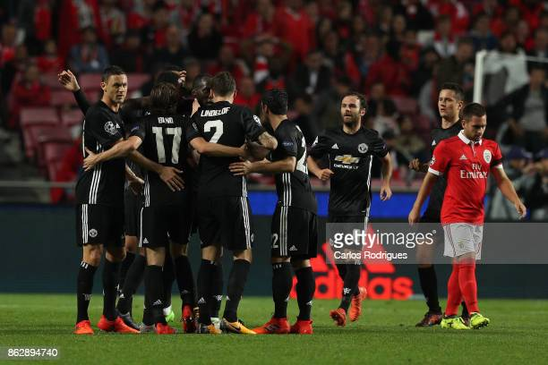 Manchester United forward Marcus Rashford from England celebrates Manchester United goal his team mates during SL Benfica v Manchester United UEFA...
