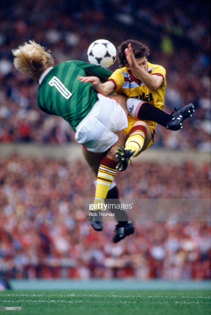 17th August 1985, Division 1, Manchester United 4 v Aston Villa 0, Manchester United goalkeeper Gary Bailey collides with Aston Villa's Colin Gibson, the incident leaving Gibson injured