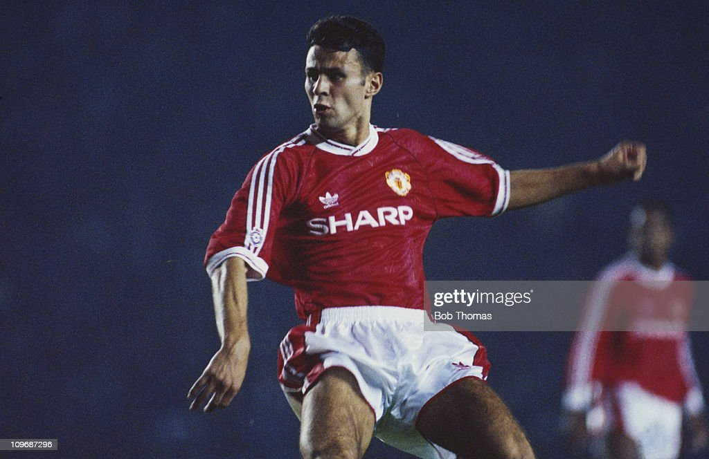 Manchester United left winger <a gi-track='captionPersonalityLinkClicked' href=/galleries/search?phrase=Ryan+Giggs&family=editorial&specificpeople=201666 ng-click='$event.stopPropagation()'>Ryan Giggs</a> during a First Division match against Oldham Athletic at Old Trafford, Manchester, 28th August 1991. United won the match 1-0.