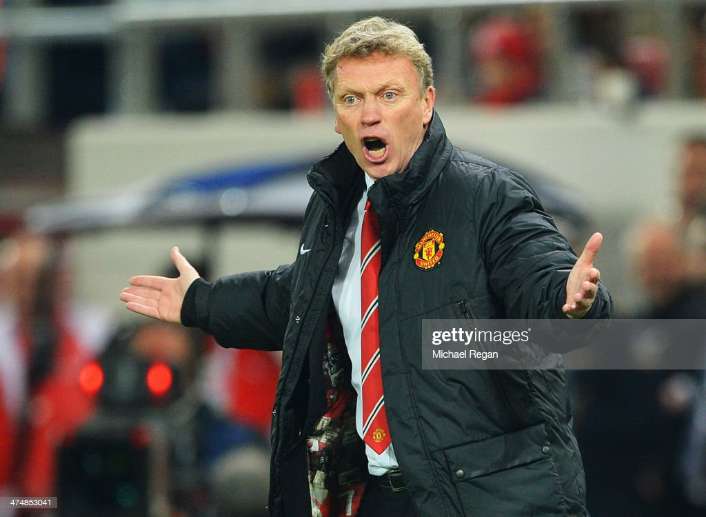 Manchester United manager <a gi-track='captionPersonalityLinkClicked' href=/galleries/search?phrase=David+Moyes&family=editorial&specificpeople=215482 ng-click='$event.stopPropagation()'>David Moyes</a> reacts on the touchline during the UEFA Champions League Round of 16 first leg match between Olympiacos FC and Manchester United at Karaiskakis Stadium on February 25, 2014 in Piraeus, Greece.