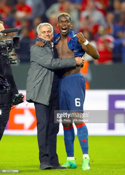 Manchester United manager Jose Mourinho and Manchester United's Paul Pogba celebrate after winning the UEFA Europa League Final