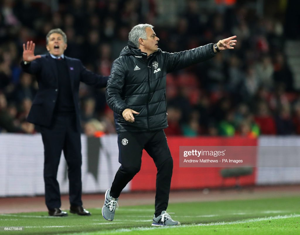 Manchester United manager Jose Mourinho gestures on the touchline during the Premier League match at St Mary's, Southampton.