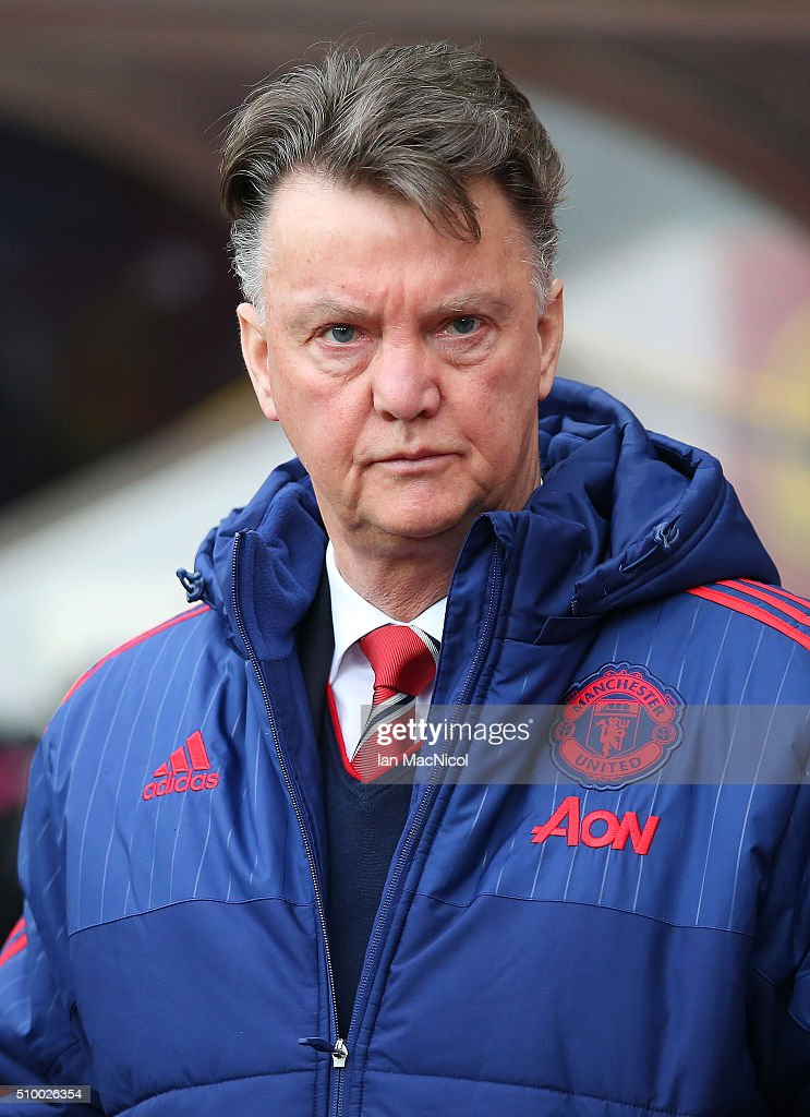 Manchester United manager Louis van Gaal looks on during the Barclays Premier League match between Sunderland and Manchester United at The Stadium of Light on February 13, 2016 in Sunderland, England.