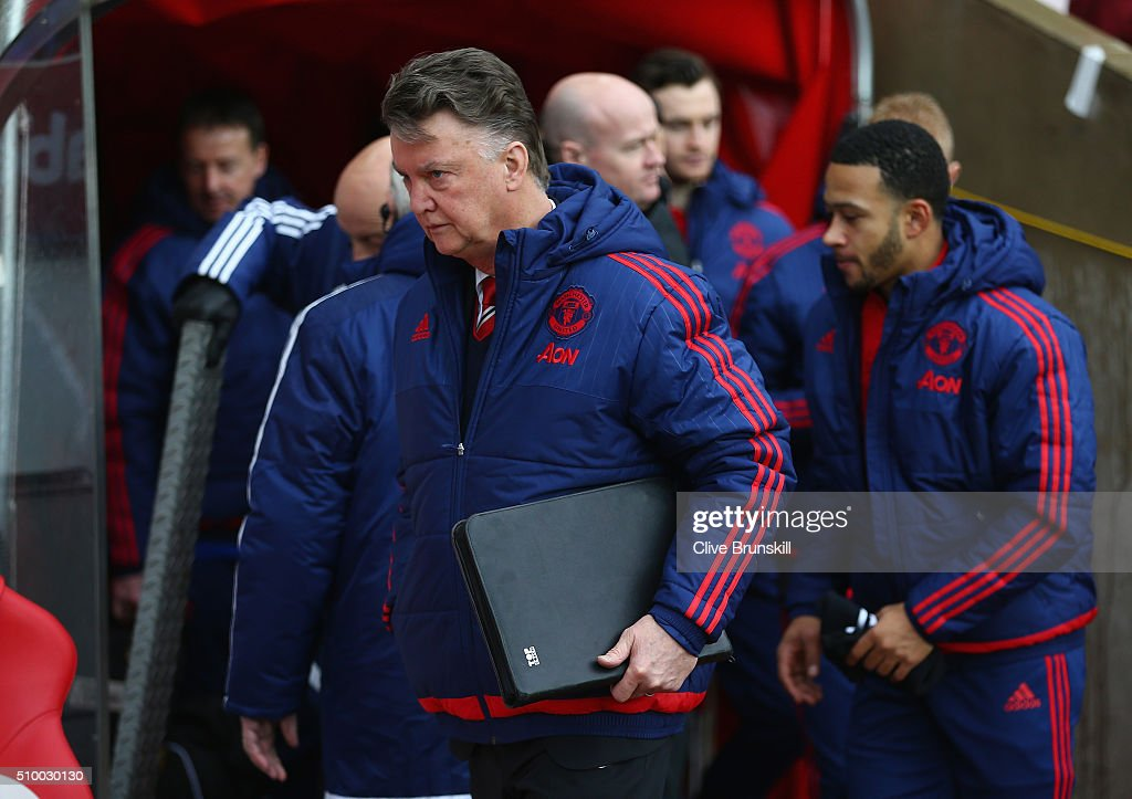 Manchester United manager Louis van Gaal walks out from the players tunnel prior to the Barclays Premier League match between Sunderland and Manchester United at The Stadium of Light on February 13, 2016 in Sunderland, England.