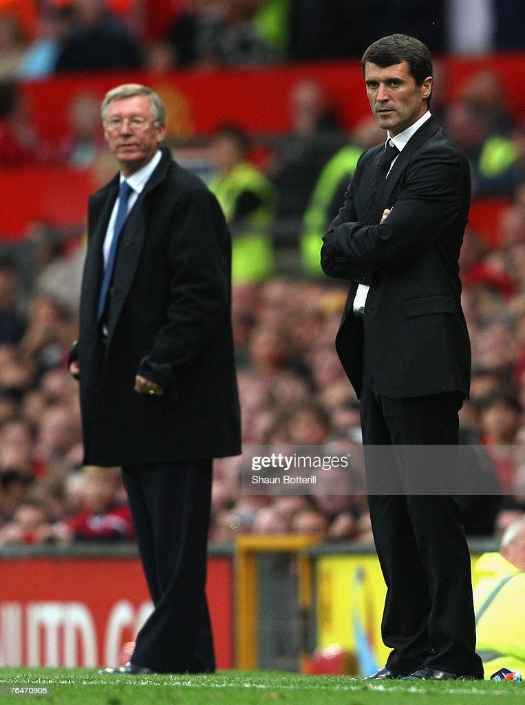 Manchester United Manager Sir Alex Ferguson (L) and Sunderland Manager Roy Keane watch the action during the Barclays Premier League match between Manchester United and Sunderland at Old Trafford on September 1, 2007 in Manchester, England.