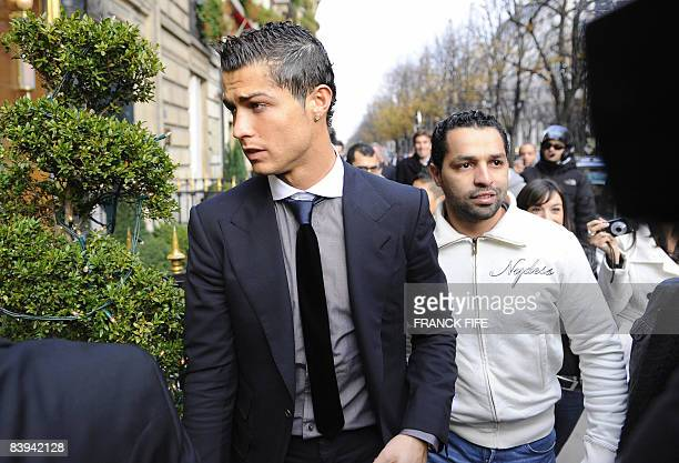 Manchester United Portuguese winger Cristiano Ronaldo arrives with relatives on December 7 2008 at an hotel in Paris for a lunch after he received...